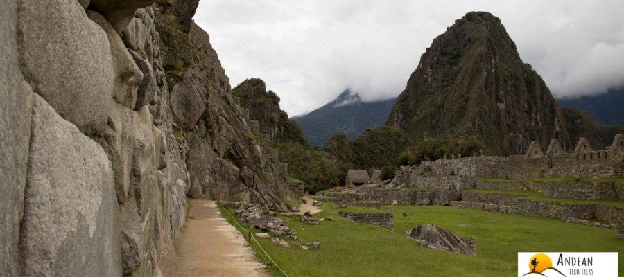 Valle Sagrado Tour a Machu Picchu 2 Días